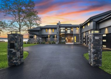 Private Riverfront Residence
